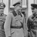 Генерал Гейнц Гудериан и Комбриг Семен Кривошеин на параде в Бресте