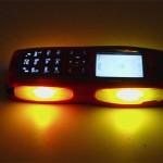 Nokia 3220 светится