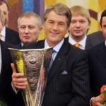 FBL-EUR-C3-UKRAINE-SHAKHTAR-PRESIDENT-AWORDING
