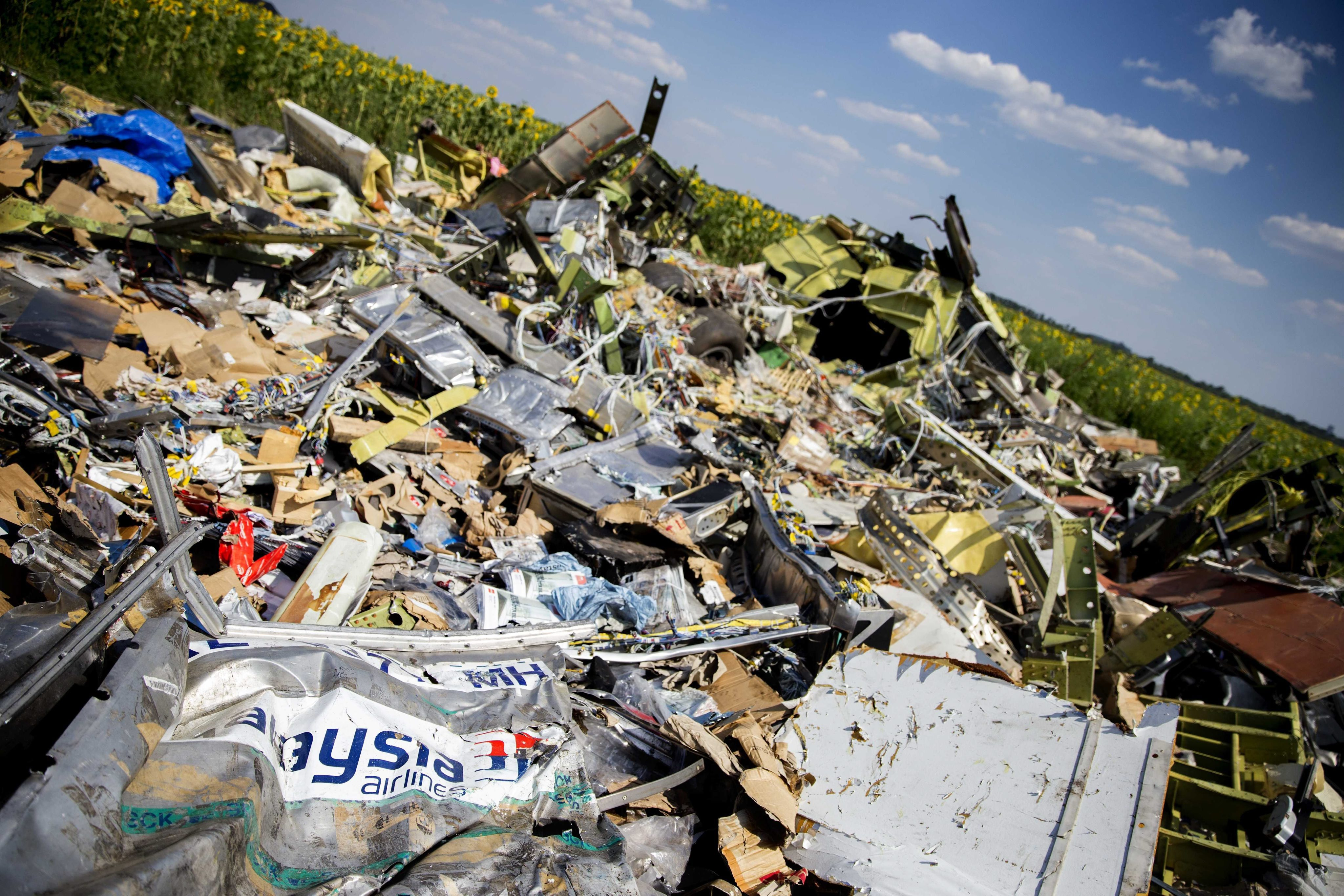 epaselect UKRAINE MALAYSIA AIRLINES PLANE CRASH