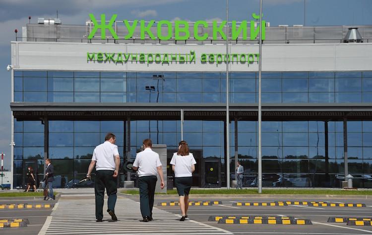 """Пассажирский терминал аэропорта """"Жуковский"""" (Коммерсант)"""