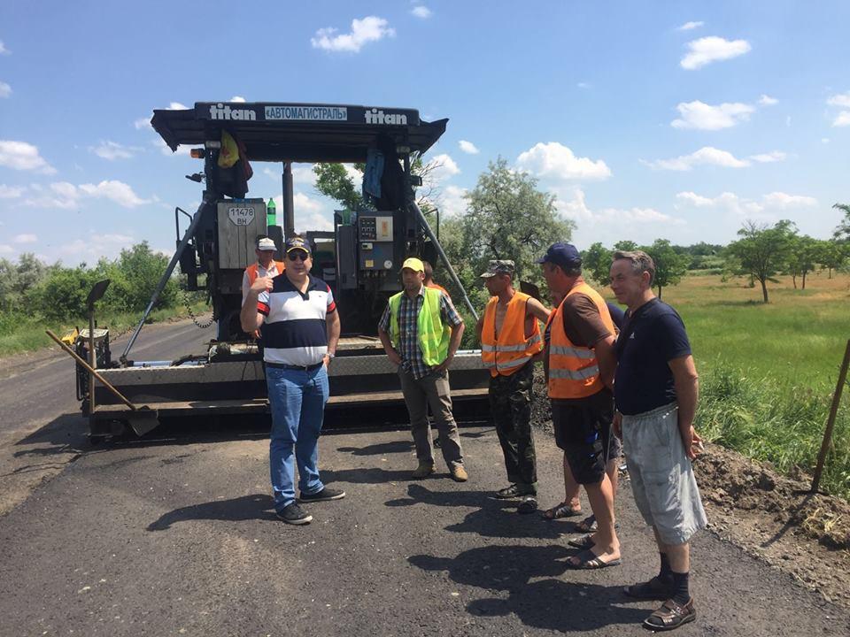 Саакашвили строит дорогу