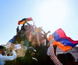 Митинги в Армении