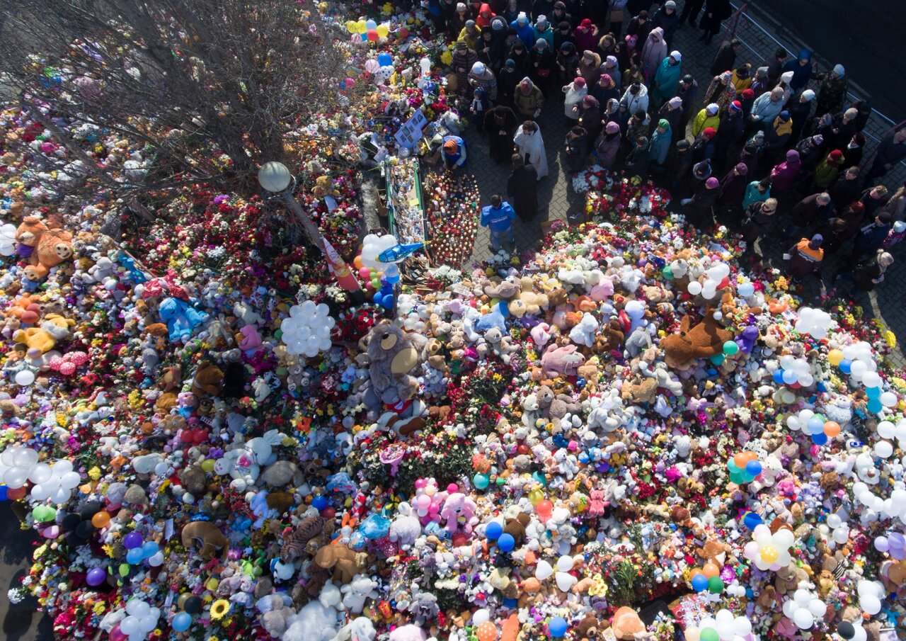 Мемориал памяти жертв пожара в«Зимней вишне» вКемерово