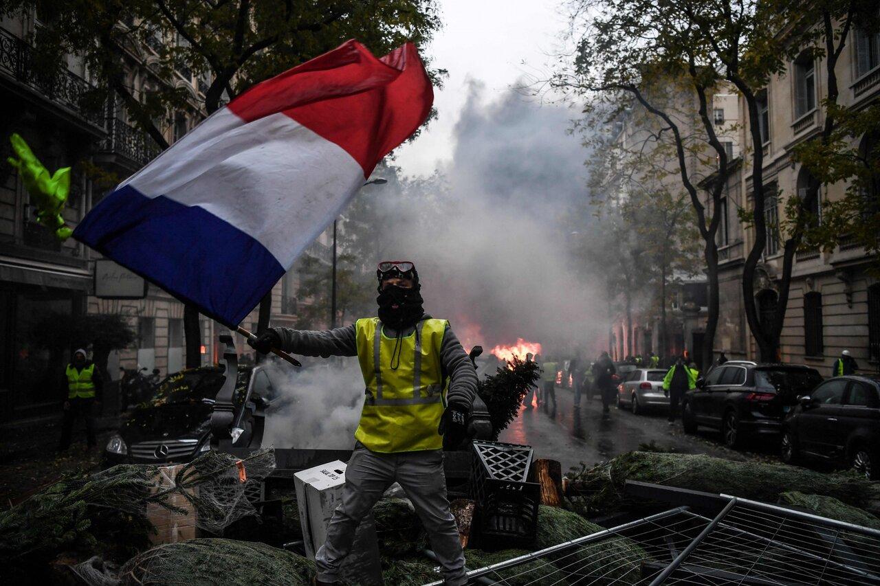 Во время акции протеста «Желтых жилетов» во Франции