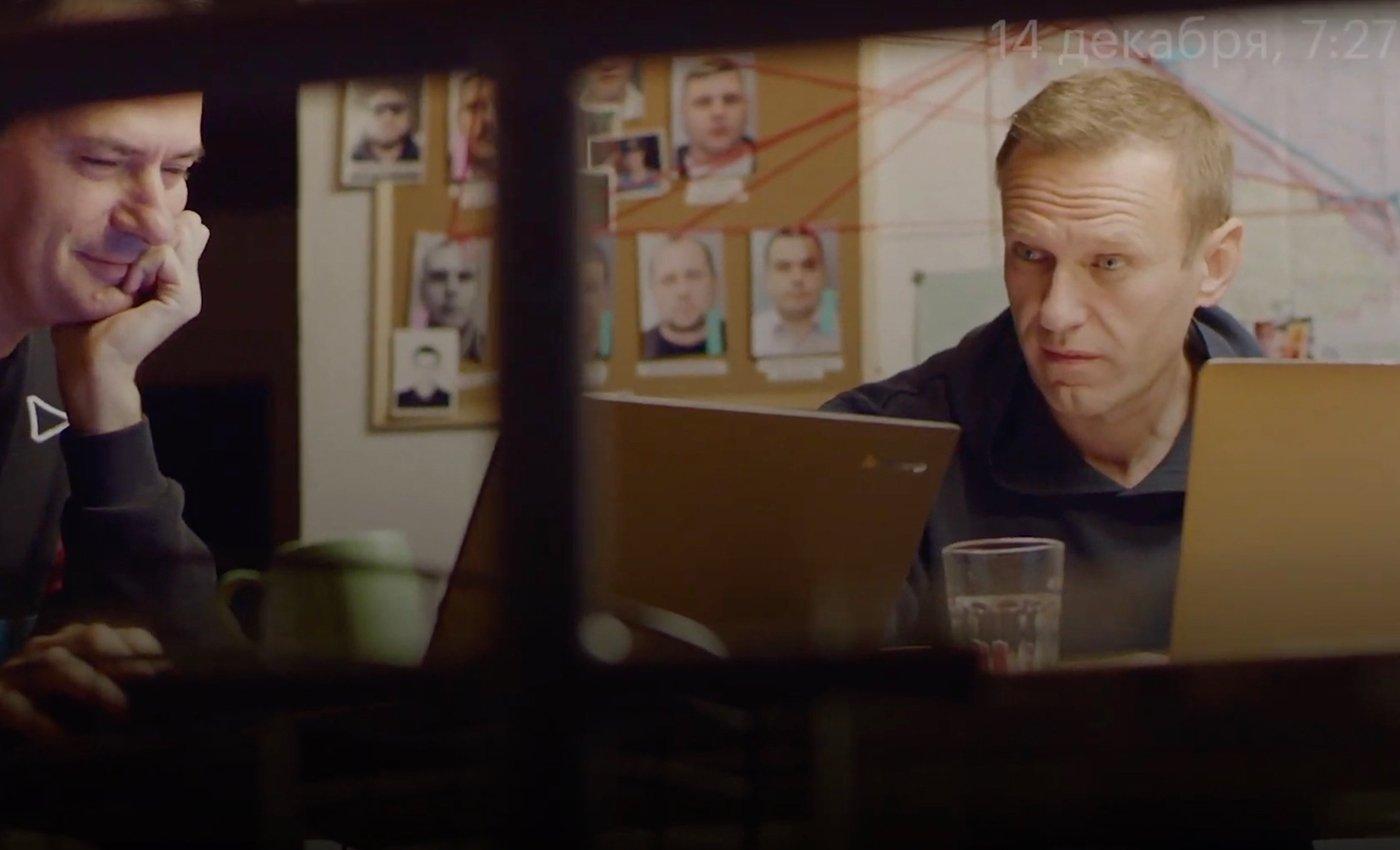 Навальный звонит своему убийце